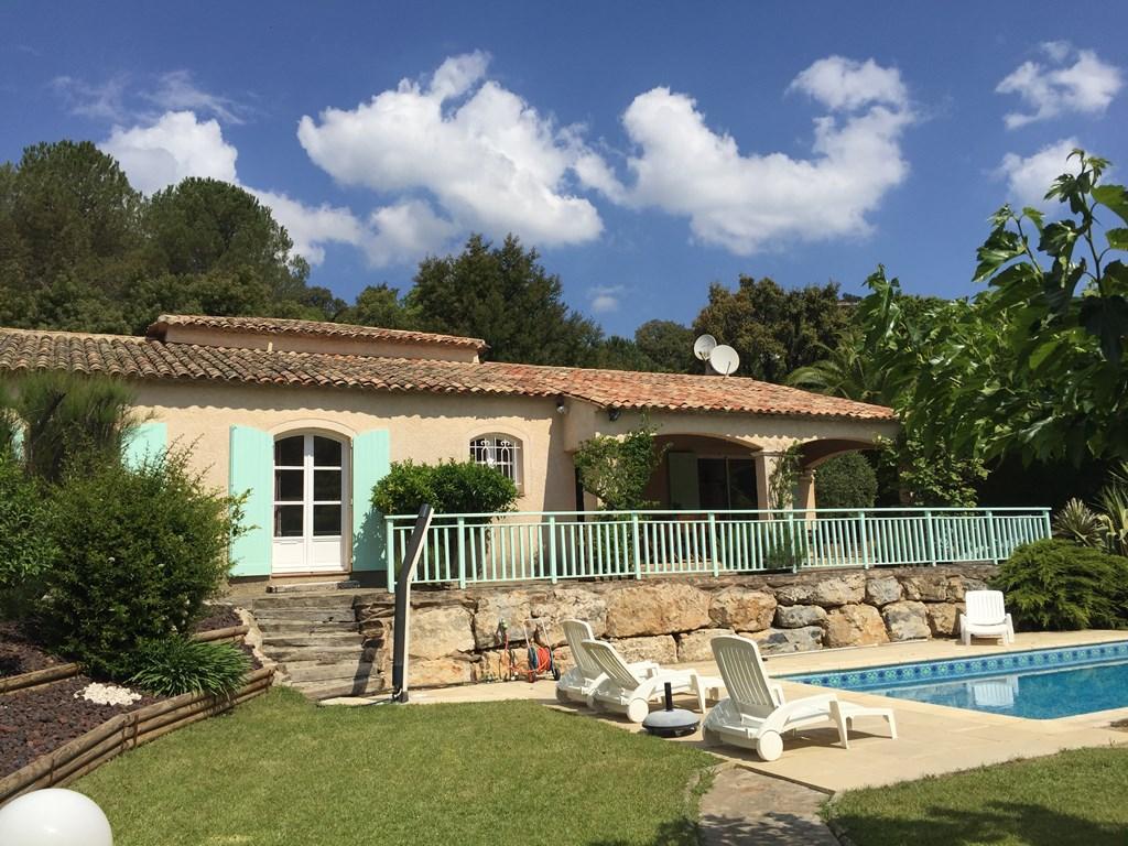 Location vacances villa pour 7 personnes avec piscine priv e - Location vacances avec piscine privee ...
